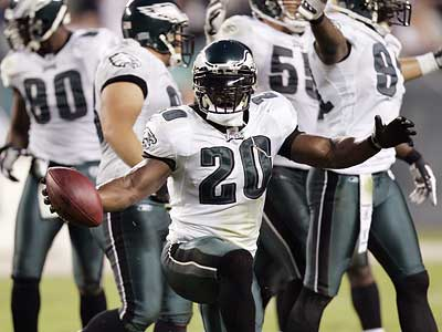 Eagles fans will watch closely to see if Brian Dawkins and the Eagles defense can continue their dominating ways against the Bears this weekend. (Tom Mihalek/Associated Press)