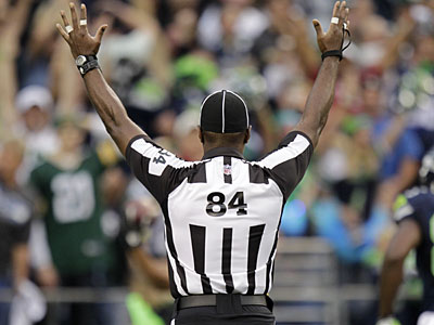 According to a report, the NFL reached an agreement with the Referees Association to end the lockout. (Ted S. Warren/AP)