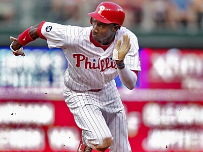 Domonic Brown´s speed could give him an edge over Greg Dobbs for a spot on the postseason roster. (David M Warren / Staff File Photo)