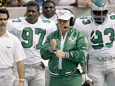 Buddy Ryan walks the Eagles sideline during the 1986 season. (AP File Photo)