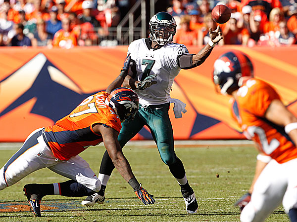 Eagles quarterback Michael Vick. (Ron Cortes/Staff Photographer)