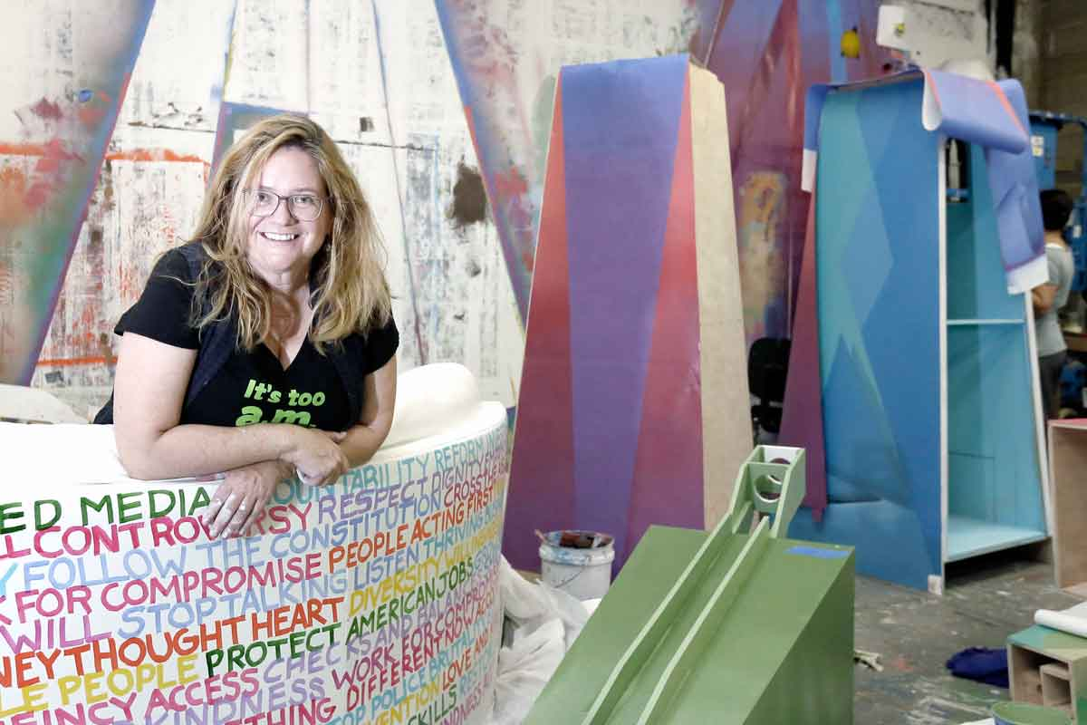 Philly muralist brings 39 the good life 39 to the national for Common threads mural