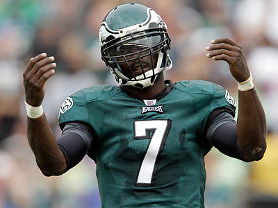 "Eagles QB Michael Vick says the ""Dream Team"" label is dead. (David Maialetti/Staff Photographer)"
