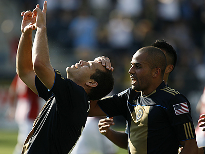 Alejandro Moreno and the Philadelphia Union take on the Houston Dynamo. (AP Photo/H. Rumph Jr)