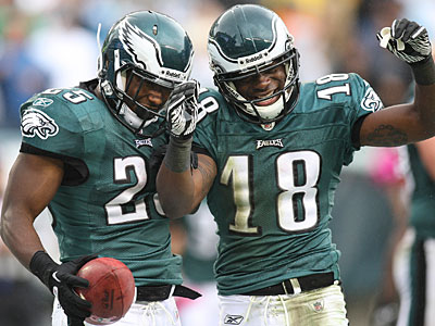LeSean McCoy and Jeremy Maclin celebrate after a second quarter touchdown put the Eagles ahead 20-3. (Steven M. Falk/Staff Photographer)