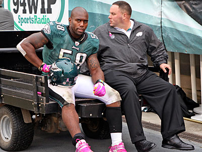 Trent Cole was injured in Sunday´s loss to the 49ers. (Steven M. Falk/Staff Photographer)