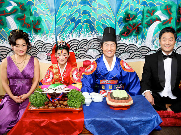 """Wedding Palace"" stars (from left) Jean Yoon, Hye-jeong Kang, Brian Tee, and Stephen Park. Director Christine Yoo pulls out all the cutesy stops, but the film fails to deliver on its promise."