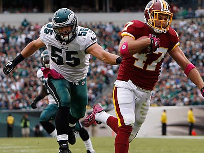 Eagles linebacker Stewart Bradley had a day to forget against the Redskins. (David Maialetti/Staff Photographer)