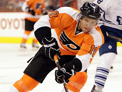 Brayden Schenn had four goals and four assists in four AHL games this season. (David Maialetti/Staff Photographer)