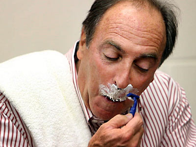 Temple coach Fran Dunphy shaved his mustache after losing a bet with former player Dionte Christmas. (Laurence Kesterson/Staff Photographer)