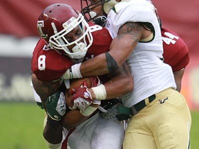 Montel Harris amassed 74 yards and two touchdowns in the fourth quarter on Saturday. (David Swanson/Staff Photographer)