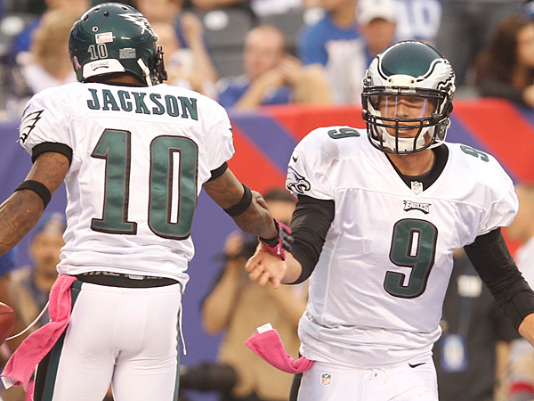 DeSean Jackson, left, celebrates with Nick Foles after his touchdown<br />catch. (Ron Cortes/Staff Photographer)