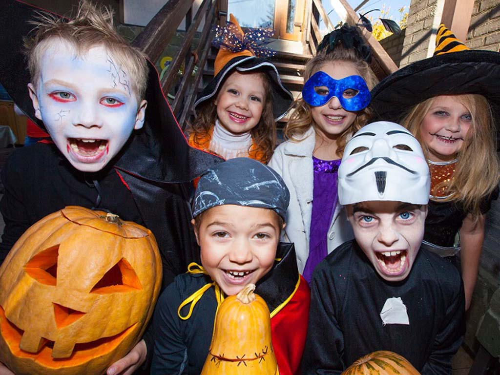 10 stores with the cheapest halloween costumes philly