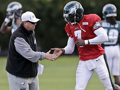 """""""We have to play better in many instances,"""" Marty Mornhinweg said about the Eagles offense. (Matt Rourke/AP file photo)"""