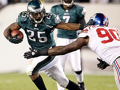 LeSean Mccoy has 18 passes for 86 yards so far this season. (Yong Kim/Staff Photographer)