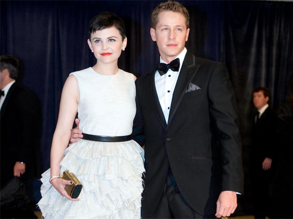 Ginnifer Goodwin and Josh Dallas arrive at the White House Correspondents´ Association Dinner on Saturday, April 28, 2012 in Washington.  (AP Photo/Kevin Wolf)