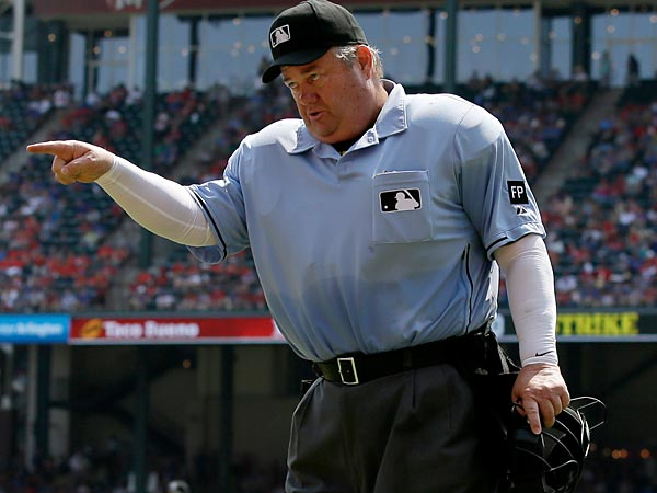 Joe West, pointing at stuff. (AP Photo/Tony Gutierrez)