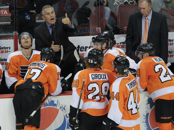 Craig Berube as a timeout with his team with seconds left against the Coyotes during the third period. (Steven M. Falk/Staff Photographer)