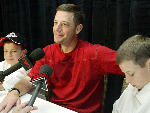 Jamie Moyer´s career included making the American League All-Star team at age 40 in 2003 as a Seattle Mariner. The game was played in Chicago, where he was joined by sons Hutton (left), then 10, and Dillon, then 12.