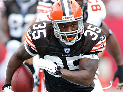 The Eagles acquired Cleveland Browns running back Jerome Harrison for Mike Bell today. (AP Photo / Brian Blanco)