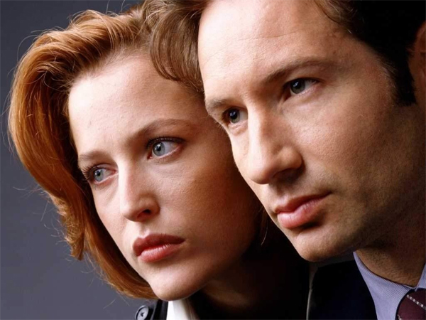 "Both David Duchovny and Gillian Anderson said they´re open to making a third ""X-Files"" movie."