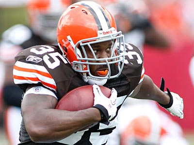 Jerome Harrison, who was traded from the Browns to the Eagles Wednesday, is looking for a fresh start. (AP Photo / Brian Blanco)