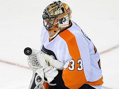 Brian Boucher will get the start tonight in net as the Flyers take on the Tamba Bay Lightning. (AP Photo/Bill Kostroun)