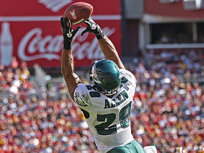Eagles safety Nate Allen has played better in recent weeks. (Michael Bryant/Staff Photographer)