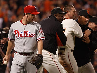Roy Oswalt picked up the loss in Game 4 of the NLCS after giving up a walk-off sacrifice fly. (Ron Cortes/Staff Photographer)