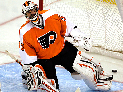 Brian Boucher will start in goal tonight for the Flyers. (Yong Kim / Staff file photo)