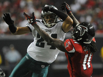 Nnamdi Asomugha breaks up a pass to Atlanta Falcons wide receiver Julio Jones. (John Amis/AP file photo)