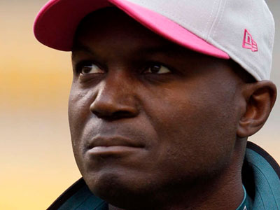 Several Eagles reported Monday that Todd Bowles doesn´t have plans to revamp the team´s defense. (AP file photo)