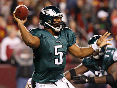 Donovan McNabb and the Eagles´ offense were not particularly sharp on Monday night against the ´Skins. (Ron Cortes/Staff Photographer)