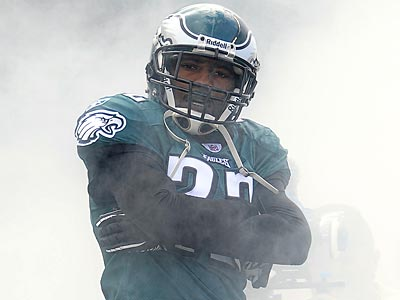 Eagles cornerback Asante Samuel wants to be back in Philly. (Michael Perez/AP)