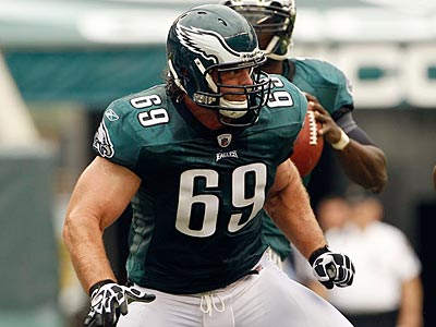 There are reports that the Colts and Redskins are both interested in signing Evan Mathis.  (Yong Kim/Staff Photographer)