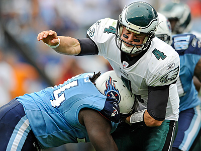 Kevin Kolb takes a hit during the Eagles´ 37-19 loss to the Titans on Sunday. (Clem Murray / Staff Photographer)