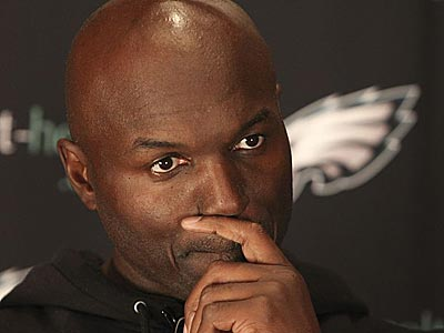Eagles defensive coordinator Todd Bowles said. (Steven M. Falk/Staff Photographer)