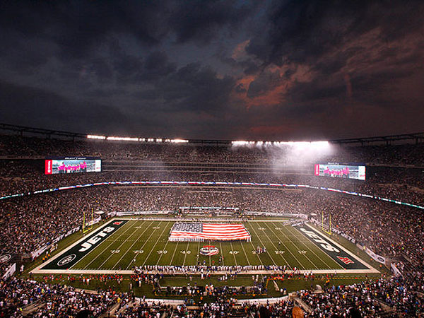 MetLife Stadium will be the site of the first outdoor cold-weather Super Bowl. (Peter Morgan / Associated Press)