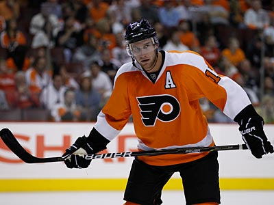 If the Flyers need to make a trade, could Jeff Carter be the player on the move? (AP Photo / Matt Slocum)