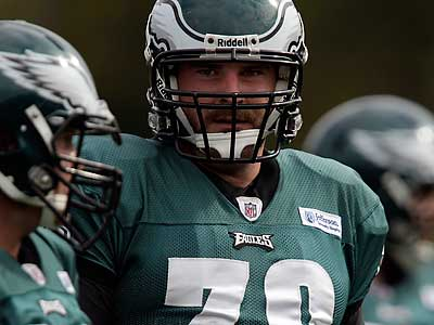 Todd Herremans and the Eagles´ offensive line have been constantly shuffled. (David Maialetti/Staff Photographer)
