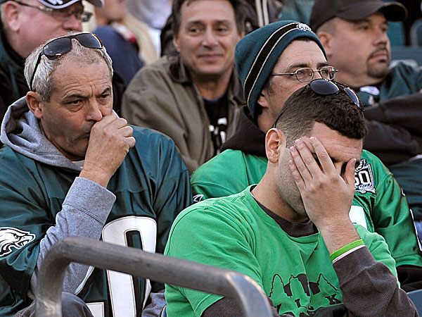 Eagles fans react during the second half of a game against the Giants. (Michael Perez/AP)