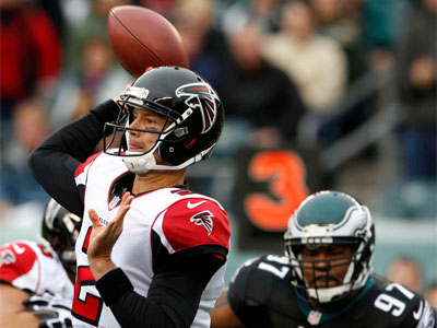 Falcons quarterback Matt Ryan threw for 262 yards and three touchdowns on Sunday. (Yong Kim/Staff Photographer)
