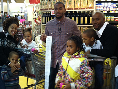 The Sanderson family won a supermarket spree in a contest run by DeSean Jackson. (Les Bowen/Staff)