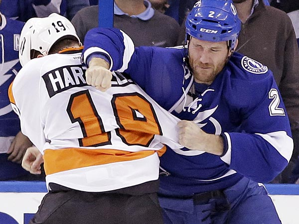 The Flyers look to keep their home win streak alive with a win vs. the Lightning. (AP Photo/Chris O´Meara)