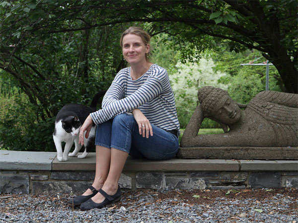 "Author Elizabeth Gilbert conjures profound dilemmas in ""The Signature of All Things."""