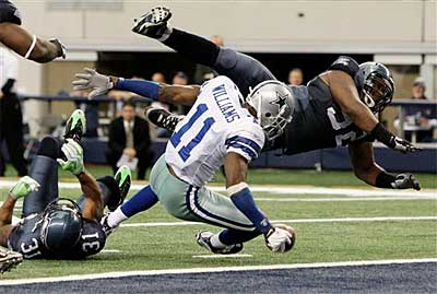 Cowboys wide receiver Roy Williams has not lived up to expectations since Dallas traded for him. (AP)