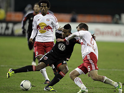Lionard Pajoy (center) was traded from the Philadelphia Union to D.C. United in August. (Luis M. Alvarez/AP)
