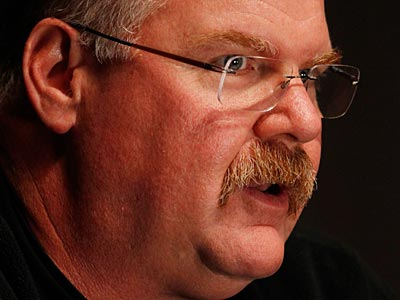 """Andy Reid had a one-word response when asked if he thought the Eagles were soft, """"No."""" (Laurence Kesterson/Staff Photographer)"""