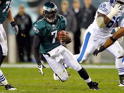 Michael Vick gets my vote as the Eagles´ offensive MVP for the first half of the season. (Yong Kim/Staff Photographer)