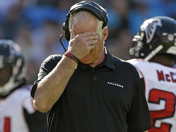 Atlanta Falcons head coach Mike Smith. (Bob Leverone/AP)